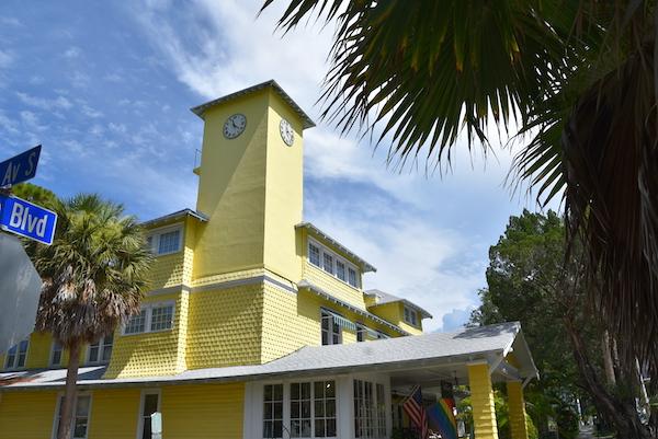 The Historic Peninsula Inn in Gulfport Florida