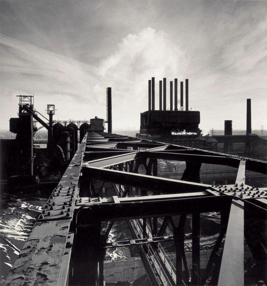 Fig. 2: Michael Kenna 1995. Study 87, the Rouge, Dearborn, Michigan.