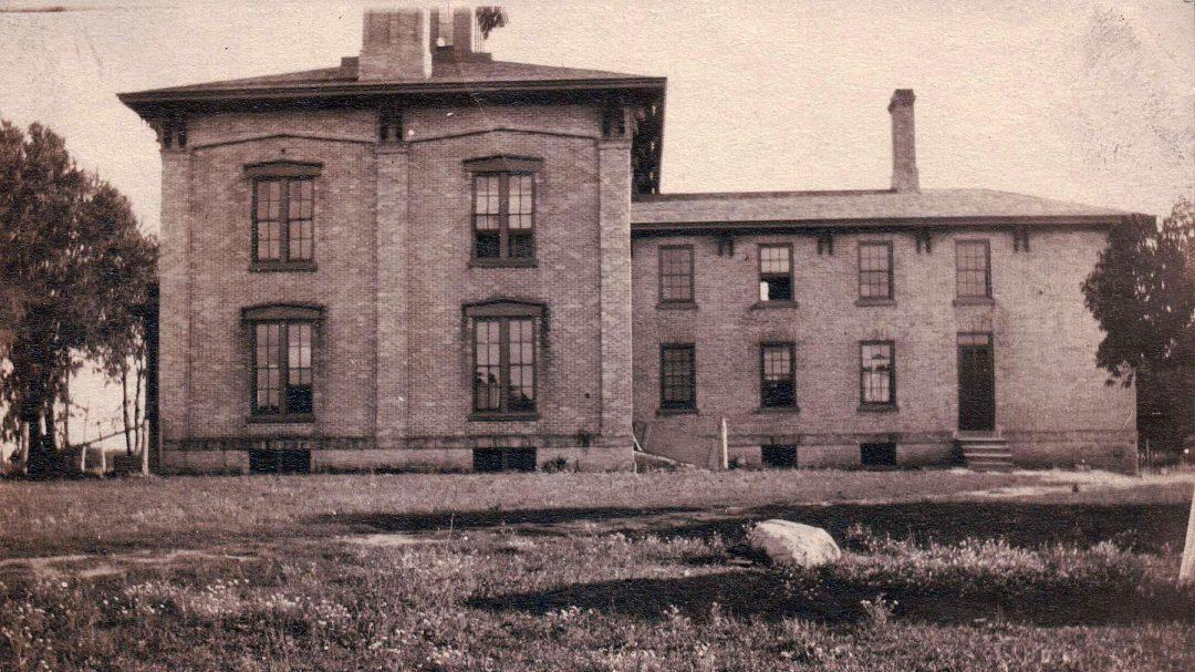 Joshua Pierce home, side view, Racine, Wisconsin