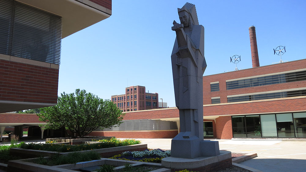 SC Johnson / Frank Lloyd Wright Research Tower: Nakomis statue
