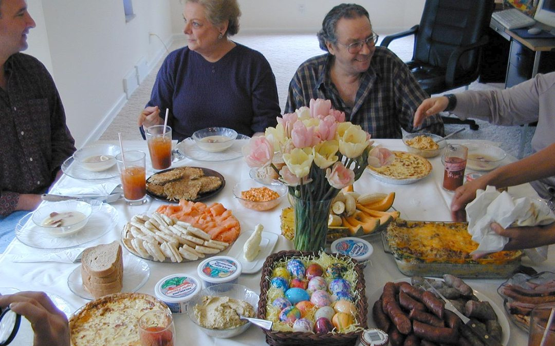 Easter brunch: Family around the table