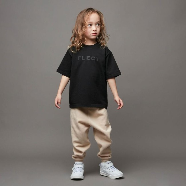 FLECT、RUBBER LOGO T-SHIRT (BLACK)