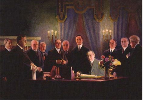 Wilson signing birth of Federal Reserve