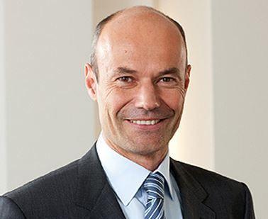 Dr. Marcus Schenck