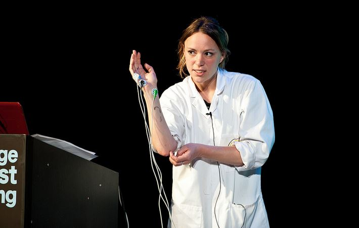 Dr Hanna Critchlow