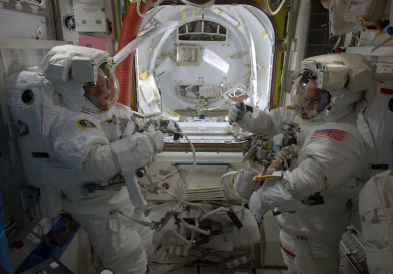 Preparing for the spacewalk in ISS