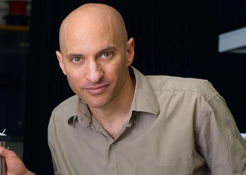 Prof Jeff Steinhauer