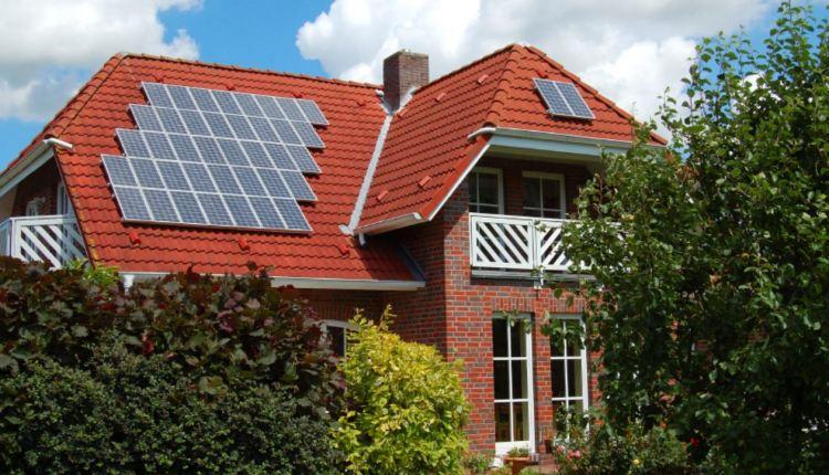 Solar panels USA – image