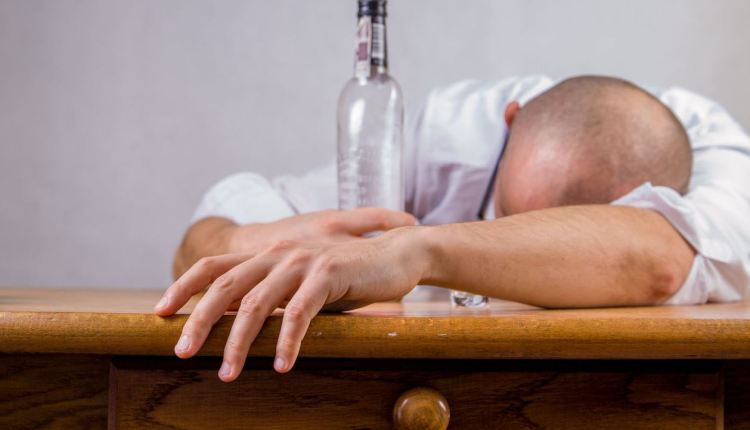 Article on hangovers – image 1