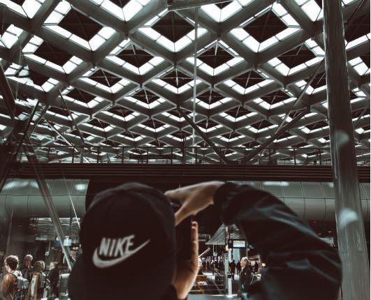 Rebrand fashion business – image 2