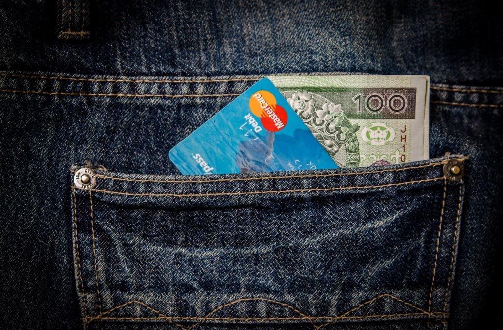 Debit card article - image 1