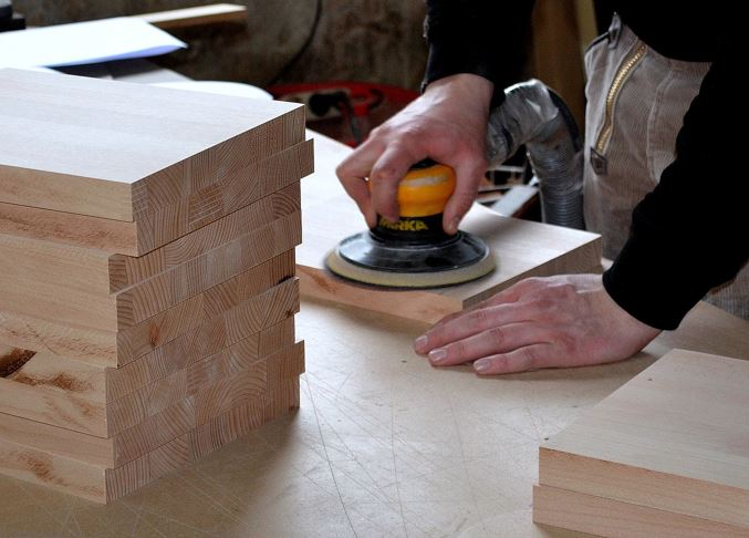 Woodworking business image step 4