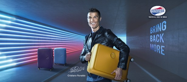 Ronaldo VS Messi Tourister