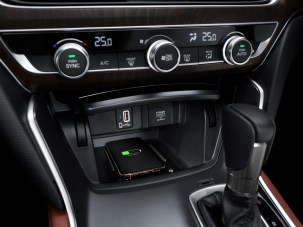 All-new Accord_Wireless Charger
