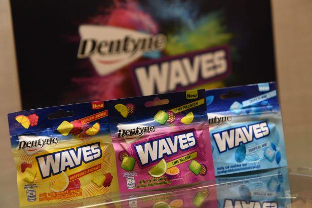 NEW Dentyne Waves gum (1)