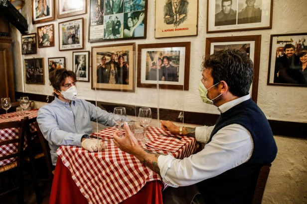 อิตาลีกระจกใส 2