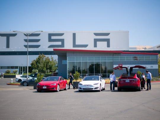 โรงงาน Tesla 3