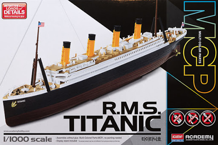 Academy titanic model 1:1000