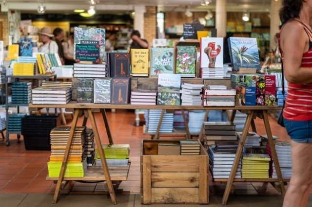 Image of bookstore table