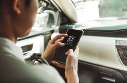Uber bloqueó a más de 170.000 conductores en Colombia
