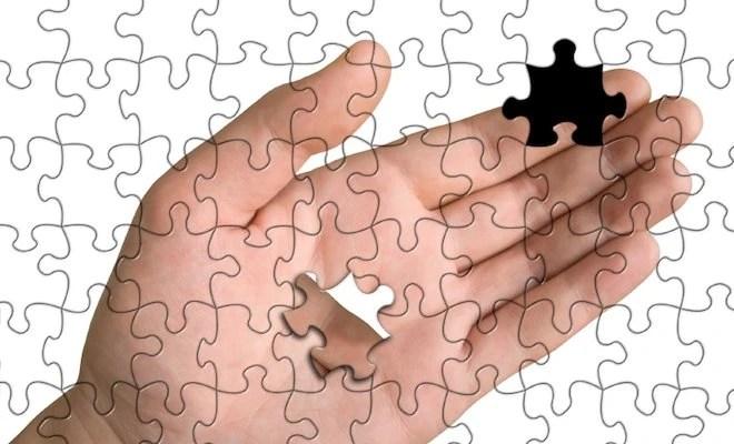 hand puzzle 660x400