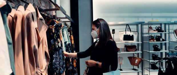 shopping with face mask