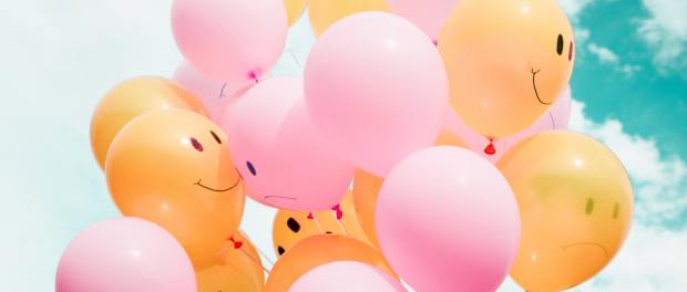 balloons with smiley faces on them