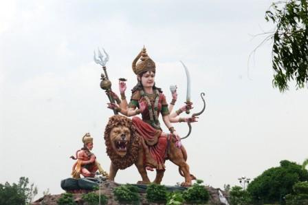 06 Route Agra Delhi (6).JPG