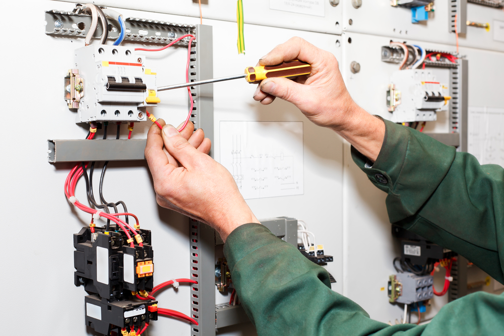 3 Reasons To Use A Professional Electrical Service