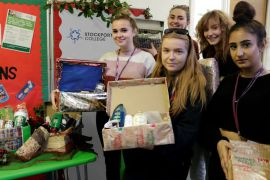 Stockport College students fundraise for FE Foodbank