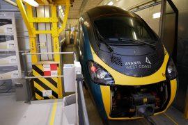 Avanti West Coast Pendolino arrives in Widnes for refurbishment