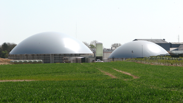 An anaerobic digestion plant recycling