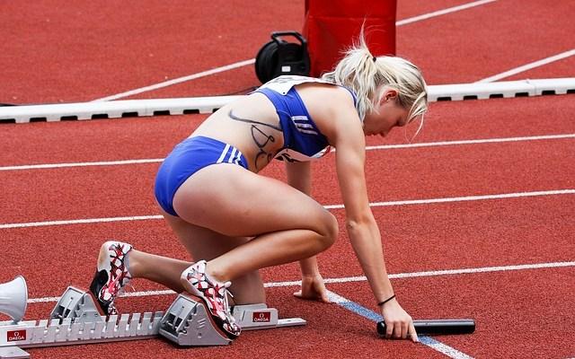 Runner on the blocks by Rabenspiegel