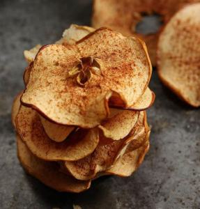 Market Junction and the Cozy Cup Cafe Artisan Market Cremona Alberta Healthy Snacks Dried Fruit Dried Cinnamon Apple Chips Cremona Alberta Healthy Food Explore Alberta
