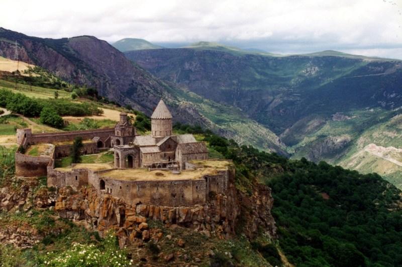 Tatev_Monastery,_Armenia