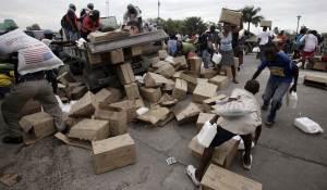 ss-100125-haitiFoodRiot-06.ss_full