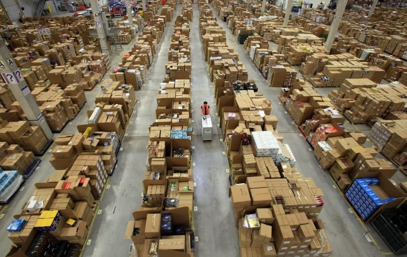 Amazon-Warehouse-06