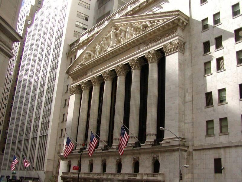 NYSE-pediment-sj