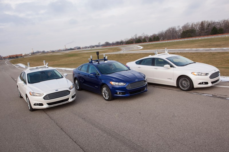 Ford-Fusion-Hybrid-Research-Vehicle-front
