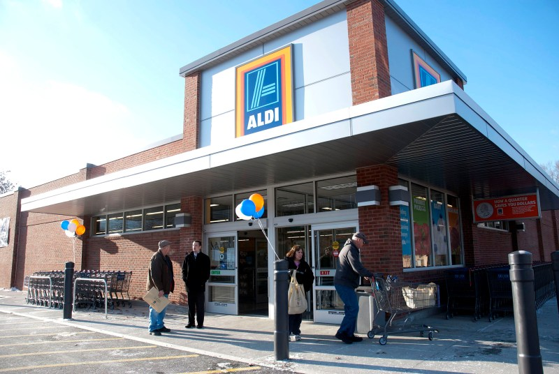 Kayla Rice/Reformer Aldi Grocery Store opened its doors to customers on Thursday morning on Putney Rd. in Brattleboro.