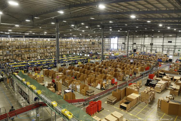 amazon uk fulfillment center warehouse bloomberg 750 market mad houseamazon uk fulfillment center warehouse bloomberg 750