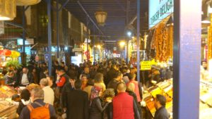 Egyptian Spice Market in Istanbul, Market Nosh