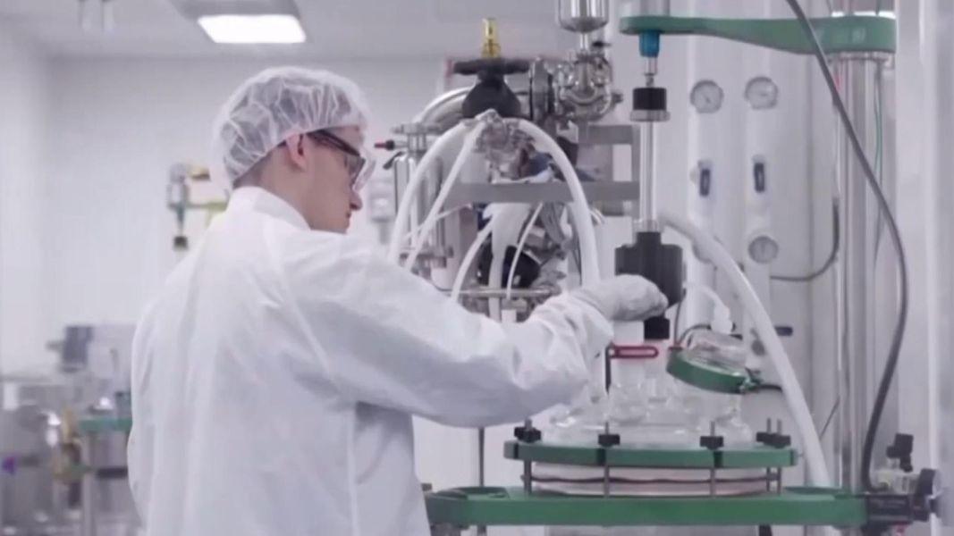 moderna-vaccino-lab