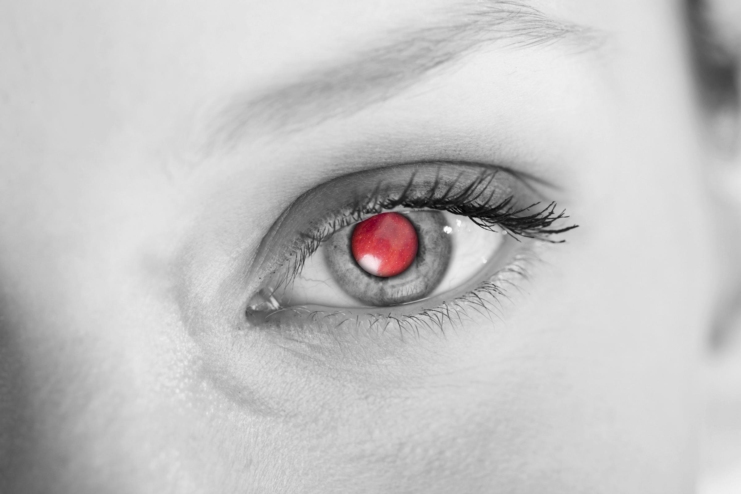 apple_eye.jpg