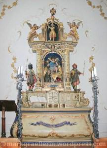 Altar in der Kapelle, wo die kirchlichen Hochzeiten stattfinden.