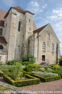 Chartres 100