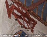 seltenes Glockenspiel in der Kirche, wird zur Taufe geläutet