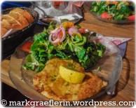 Schnitzel mit Feldsalat