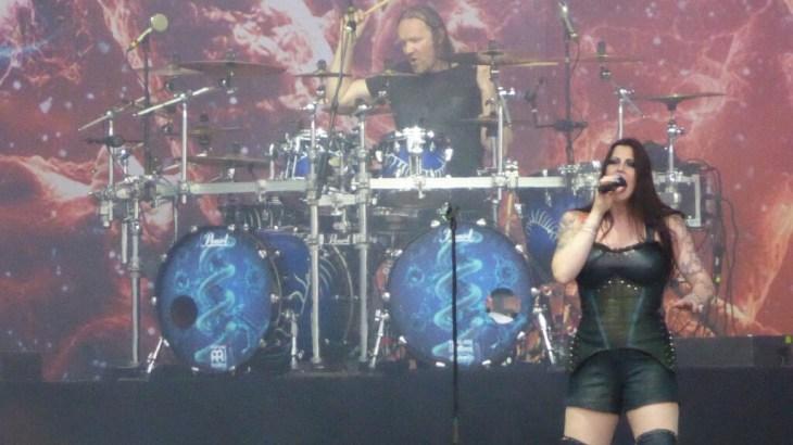 Floor Jansen performs as Nightwish play Download 2016
