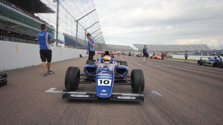 Petra Florescu in British F4 at Rockingham